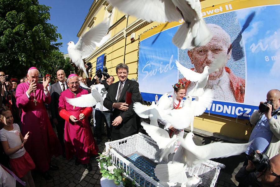 15. rocznica śmierci Jana Pawła II. Blisko osiem lat temu papież został patronem Świdnicy