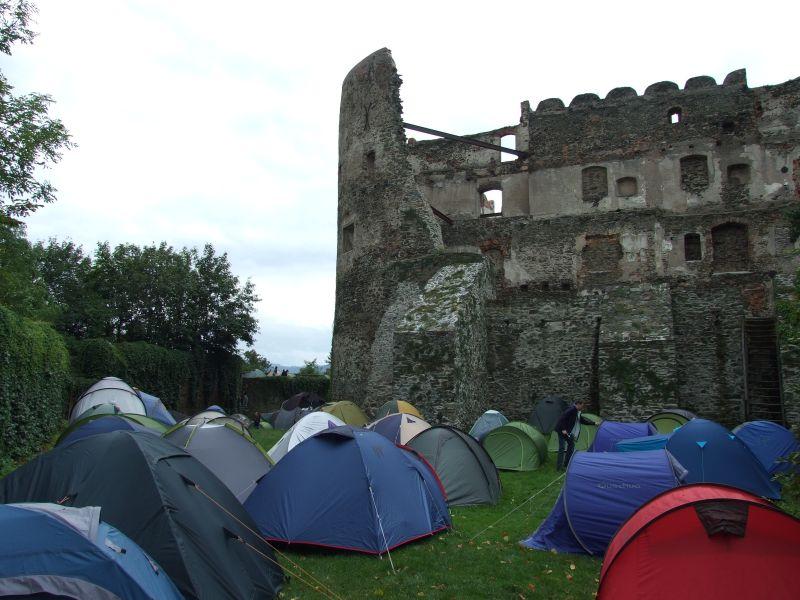 Podróżnicy zdobyli zamek