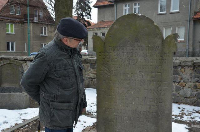 Odnowili żydowski cmentarz
