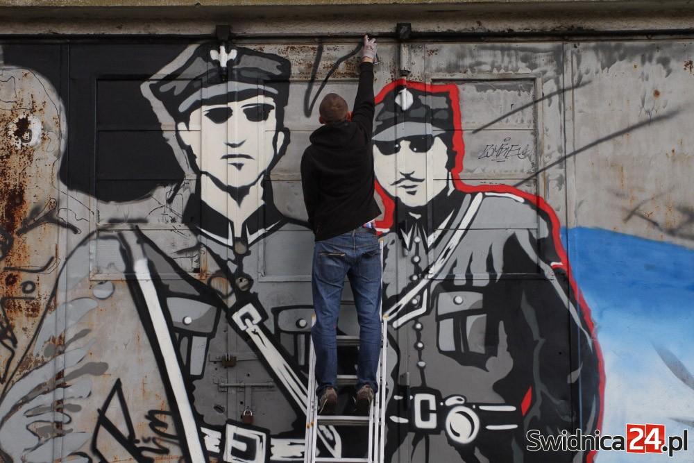 Mural poświęcony Żołnierzom Wyklętym_Świdnica (33)