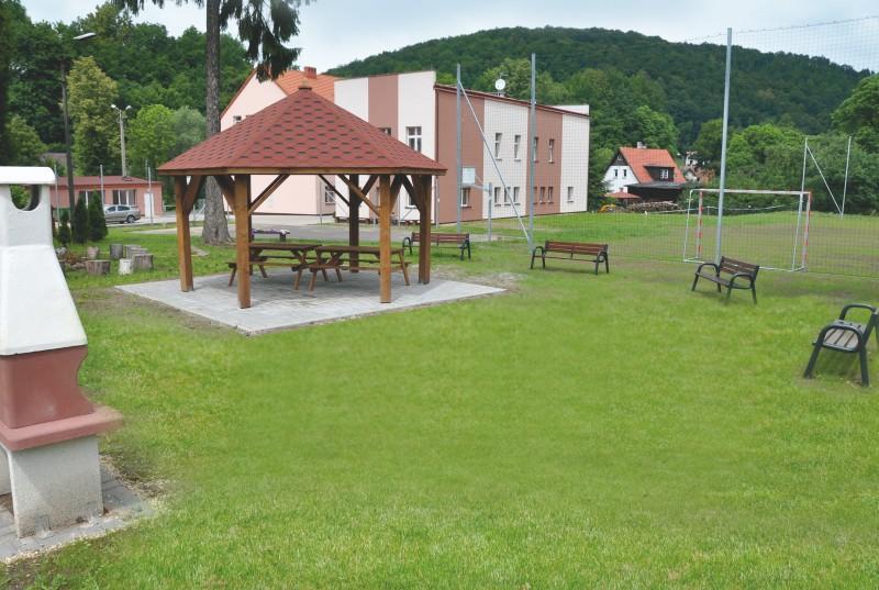 Nowa infrastruktura przy schronisku w Lubachowie