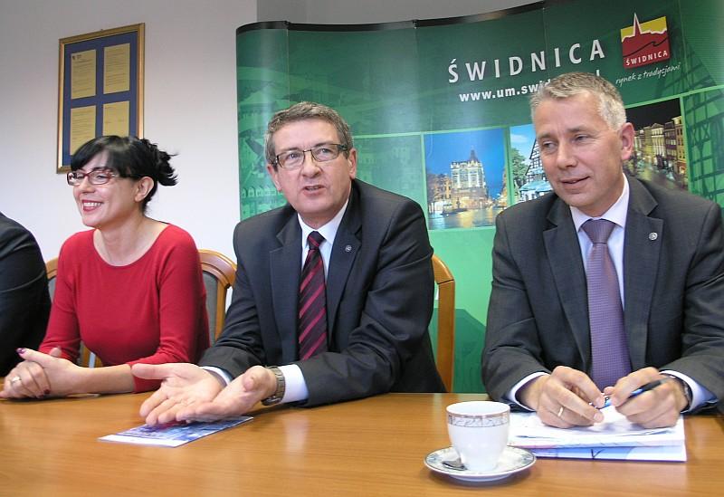budżet J.Gadzińska, W.Murdzek i I.Pałac