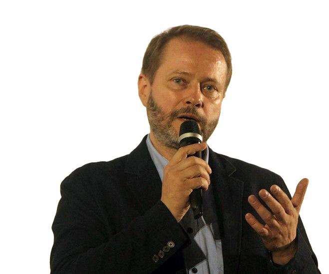 Artur-Żmijewski