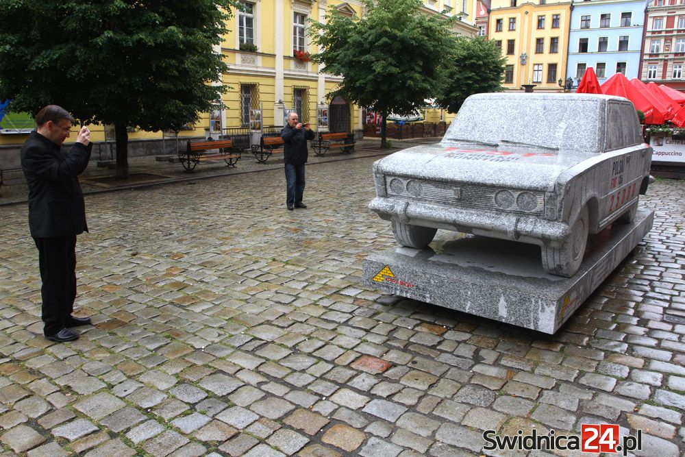 Granitowy Fiat 125p0_09