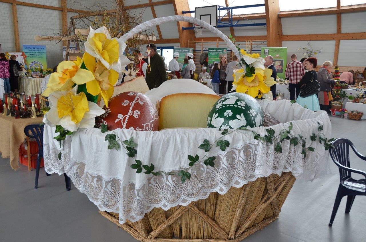 Wielkanocne stoły w Marcinowicach