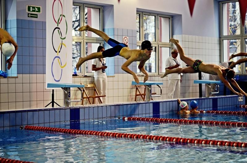Osiem medali pływaków Neptuna [FOTO]