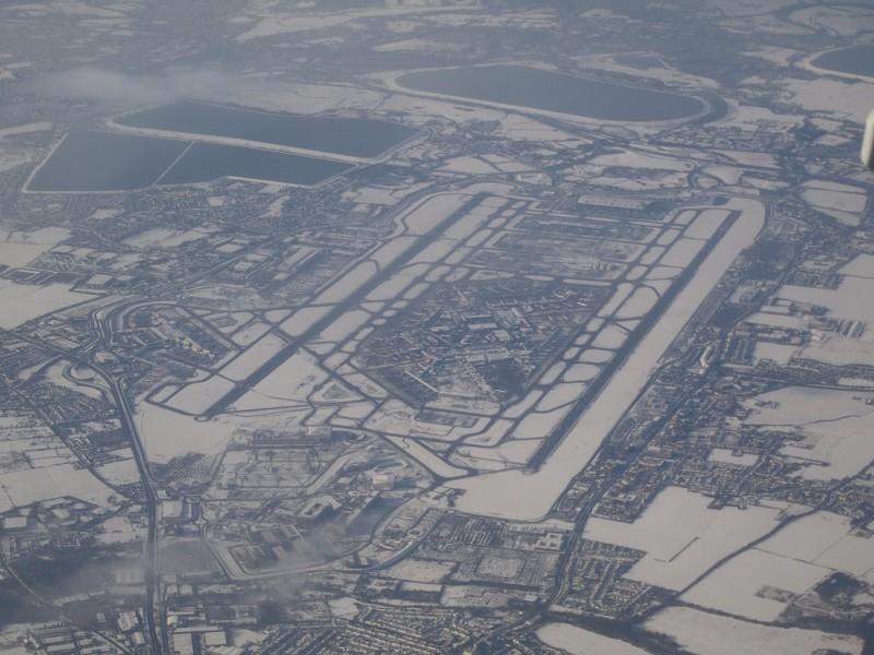 Heathrow w śniegu