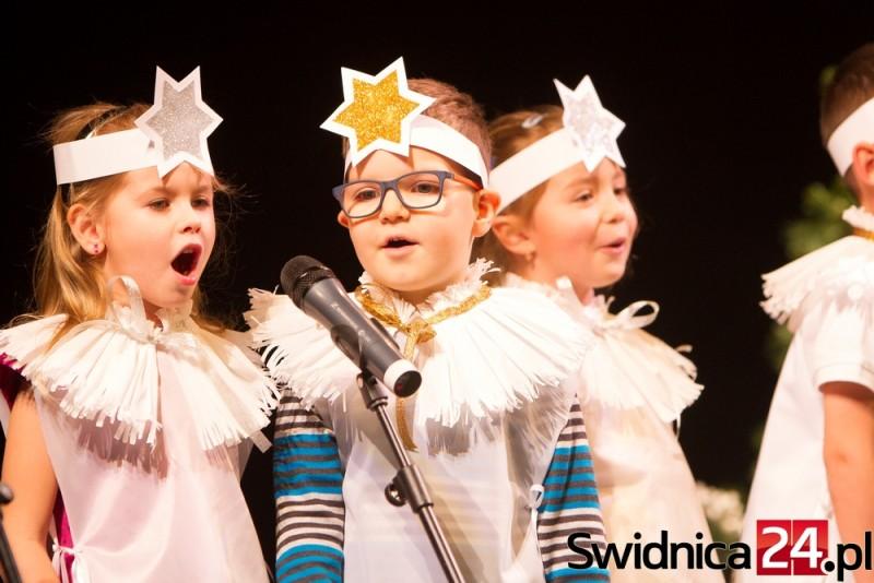 Kolędy dzieci-teatr-17.12 (9)