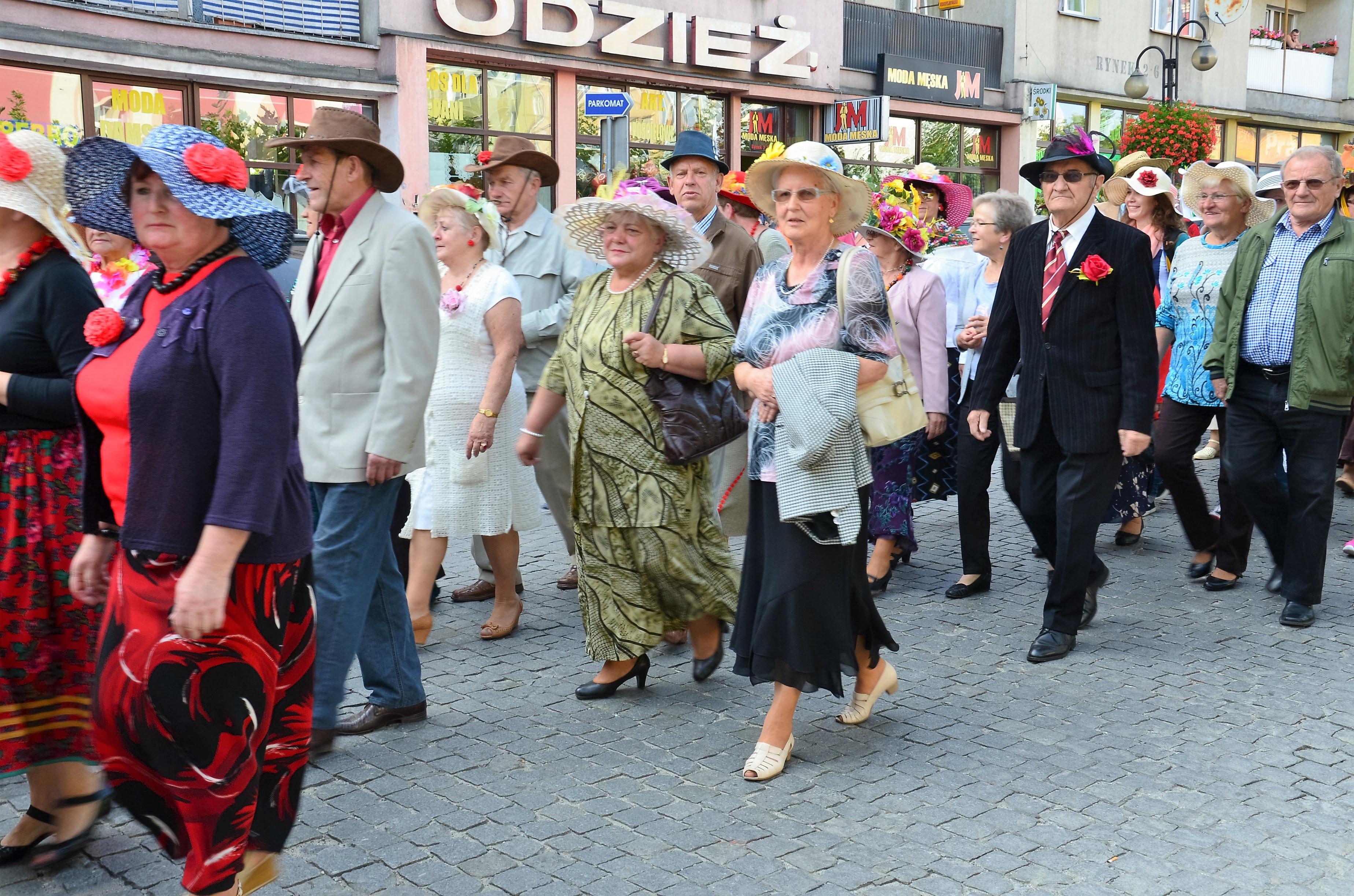 marsz-kapeluszowy-strzegom