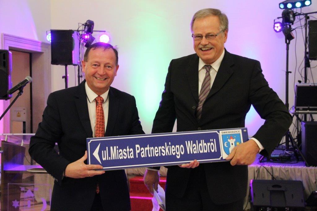 partnerstwo-walbrol
