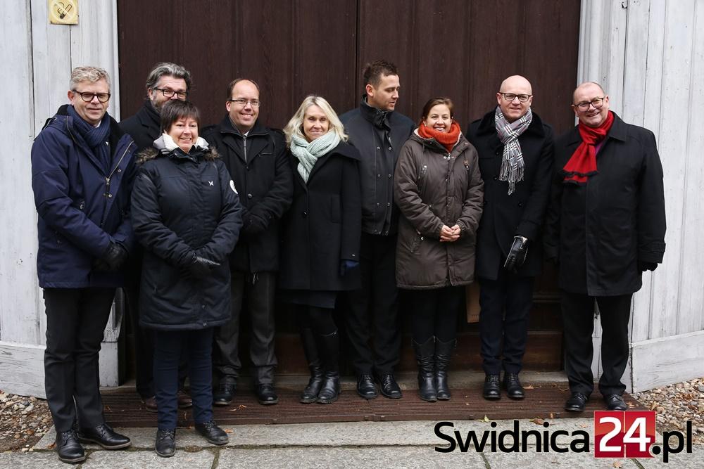 norwegowie-w-kosciele-pokoju-2016-11-13-1