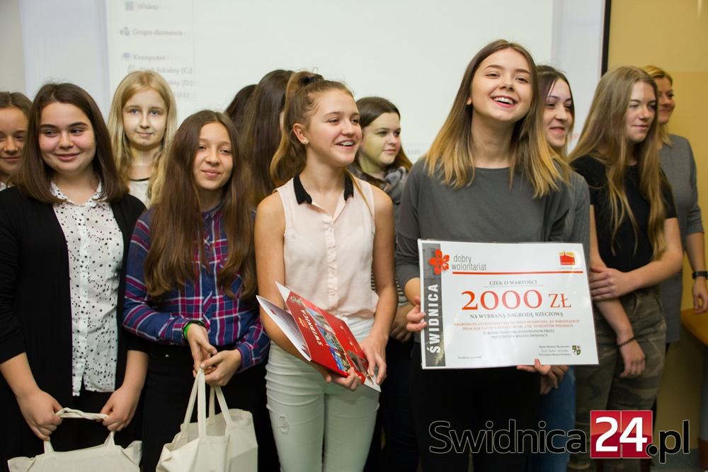 gala-wolontariuszy-2016-12-05-13