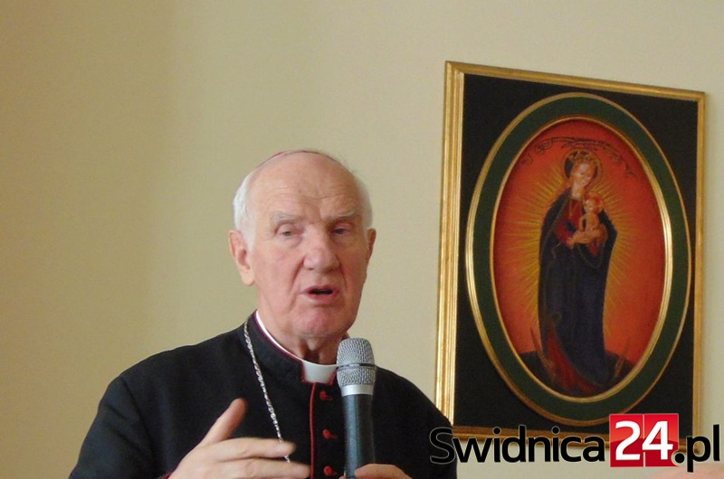 biskup-i-obraz