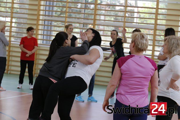 Żarów: bezpłatne szkolenia z samoobrony dla kobiet