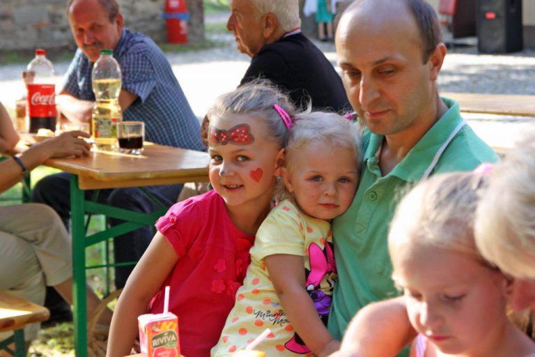Zabawa i integracja w Bronowie [FOTO]