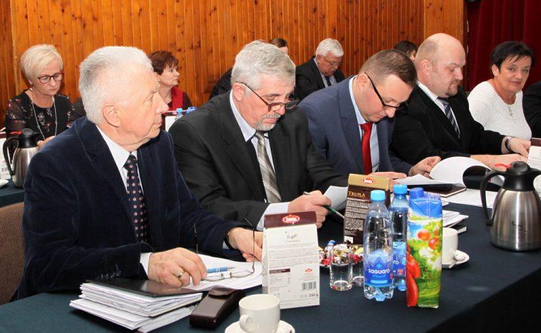 Budżet Dobromierza  na 2018 rok przyjęty [FOTO]