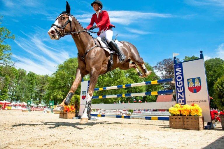 Wielkie rozpoczęcie sezonu jeździeckiego w Morawie