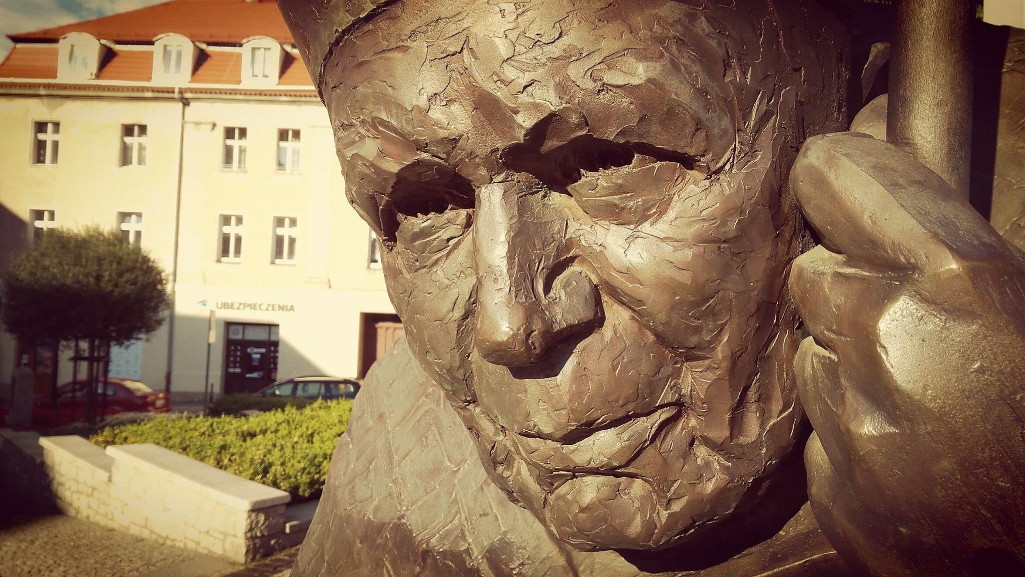 Pomnik św. Jana Pawła II w Świdnicy, fot. Sebastian Rudnik
