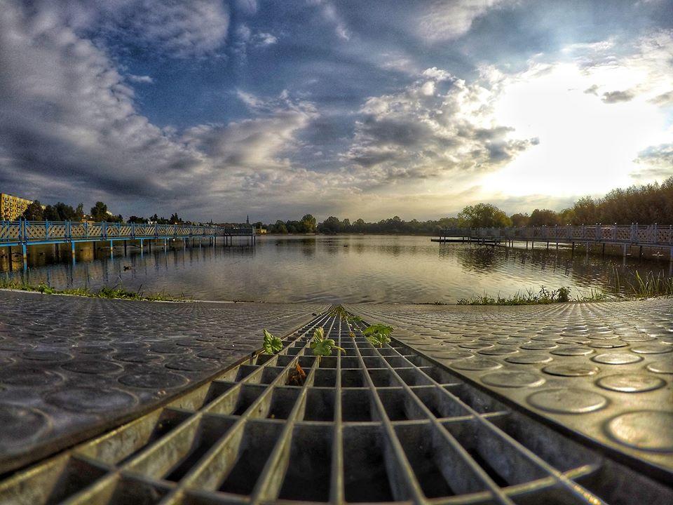 Poranek nad zalewem w Świdnicy, fot. Piotr Tomaszewski