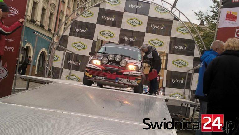 Przywitali się z kibicami, 3. Rally Kegger rozpoczęty! [FOTO/VIDEO]