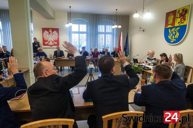 Jakie będą budżety powiatu i gminy Świdnica na 2020 rok? Decyzje w najbliższych dniach