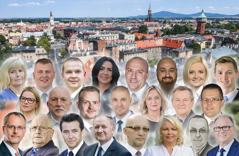 Rok po wyborach samorządowych: którzy radni najaktywniejsi?