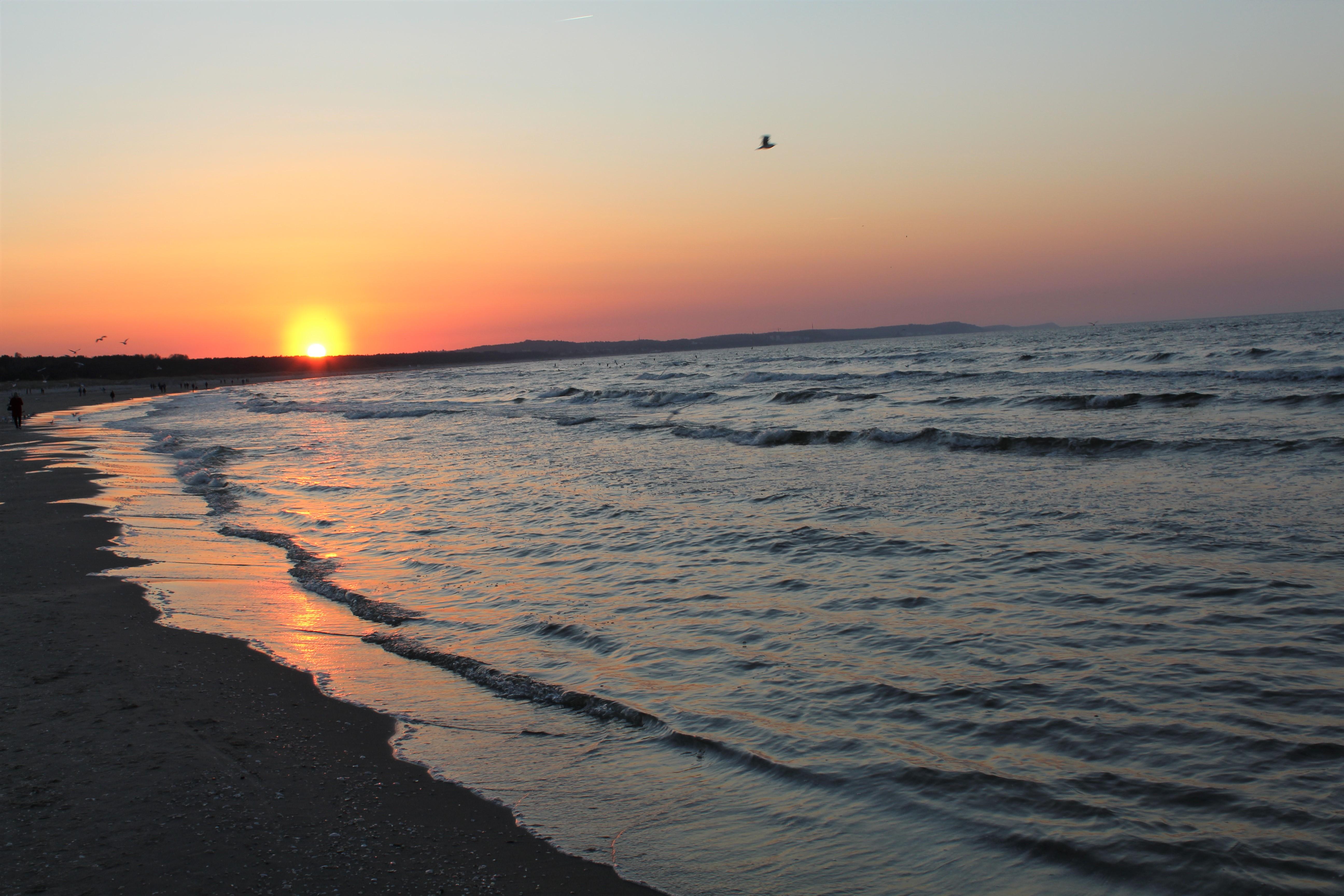 Zachód słońca w Świnoujściu, fot. Józef Domagała