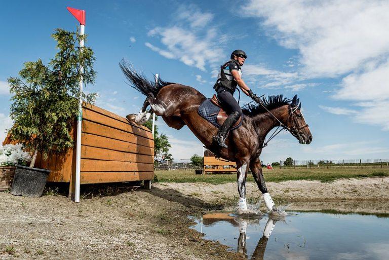 Światowe gwiazdy jeździectwa od piątku w Morawie