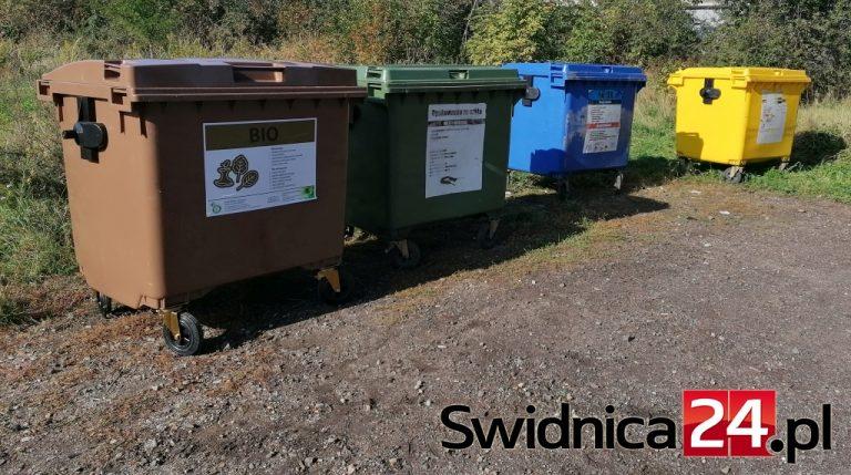 Jak i gdzie wyrzucać maseczki, co zrobić z odpadami podczas kwarantanny?