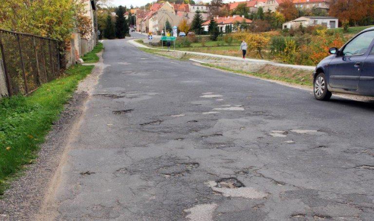 Dobromierz: dziurawa Świdnicka do remontu