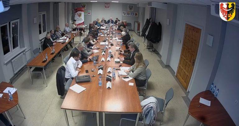 Sesja rady powiatu zamknięta dla mieszkańców