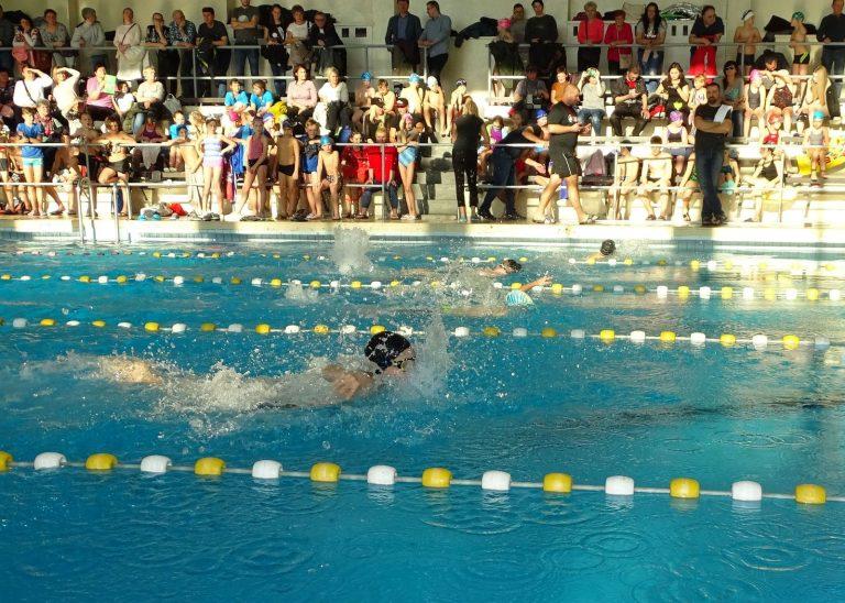 Na pływalni dominowali reprezentanci SP 4 [FOTO]