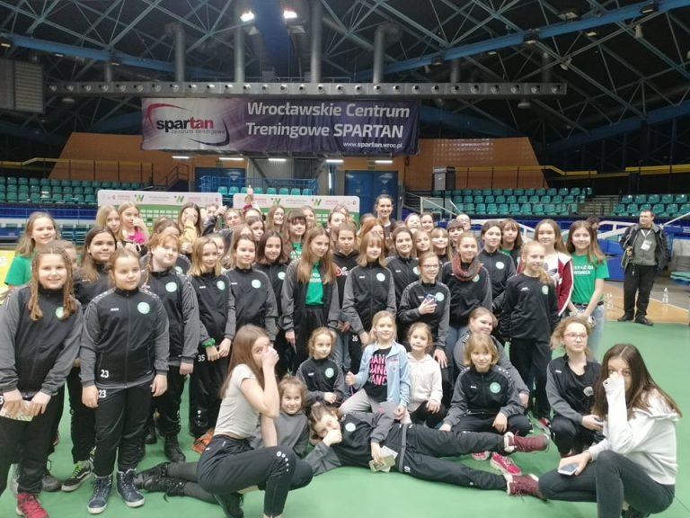 Wzięły udział w meczu Ligi Siatkówki Kobiet! [FOTO]