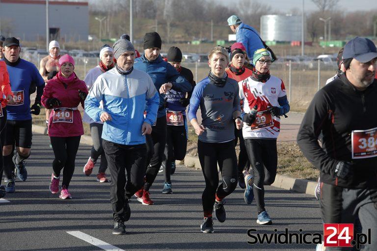 Otworzyli biegowy rok 2020! Znamy zwycięzców Świdnickiego Biegu Noworocznego [158 ZDJĘĆ]