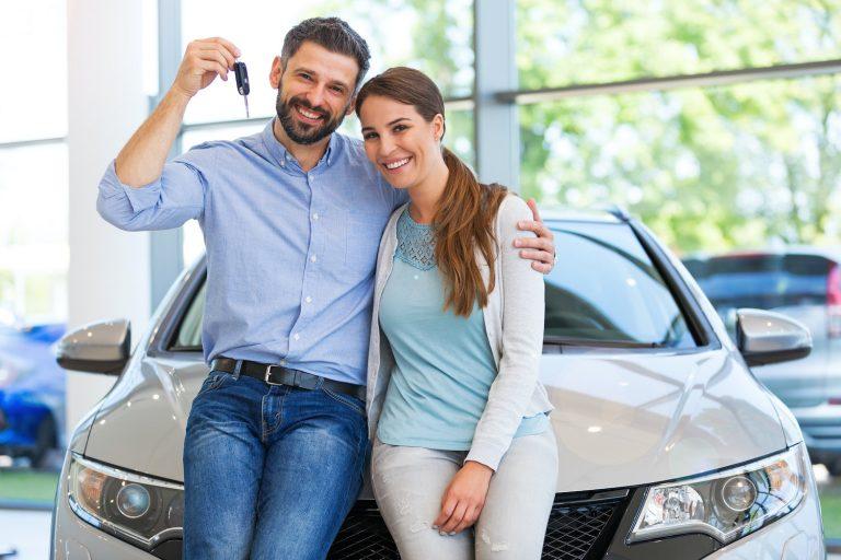 Zakup nowego samochodu bez ważnego OC – na co uważać?