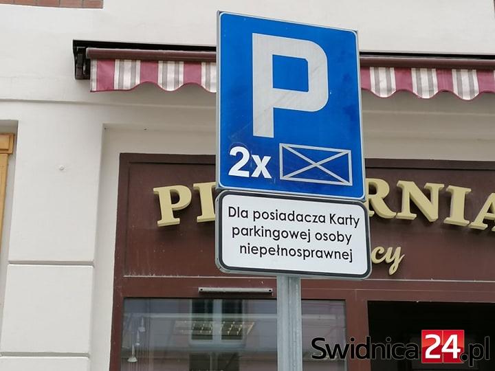 Nowe podpisy pod tabliczkami. Miejsca dla niepełnosprawnych zabezpieczone?