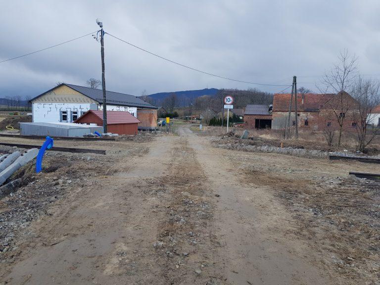 Utrudnienia na czterech przejazdach kolejowych w gminie Marcinowice