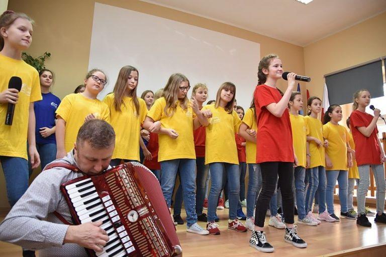 Rozśpiewane ferie w Lubachowie. Warsztaty wokalne po raz ósmy [FOTO]