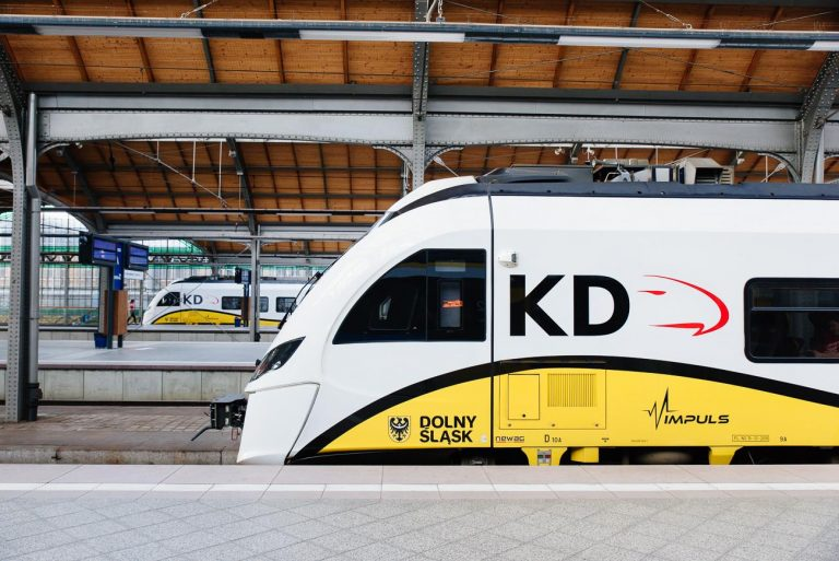 Koleje Dolnośląskie zamówią nowe pociągi? Trzeci przetarg z problemami