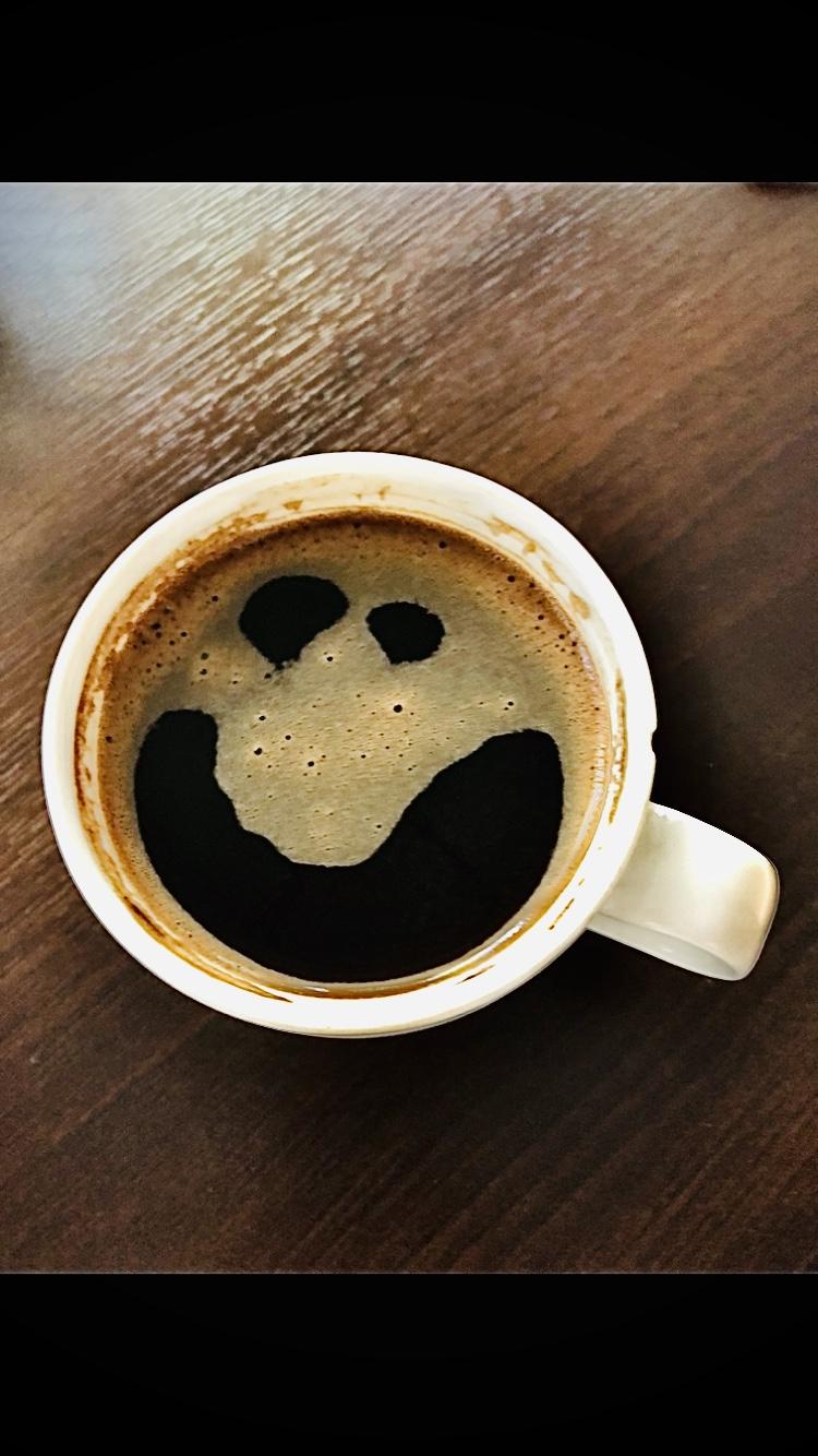 Uśmiechnięta kawa, z cyklu w moim mieszkaniu, 22 luty 2020, fot. Ewelina Jaśkiewicz