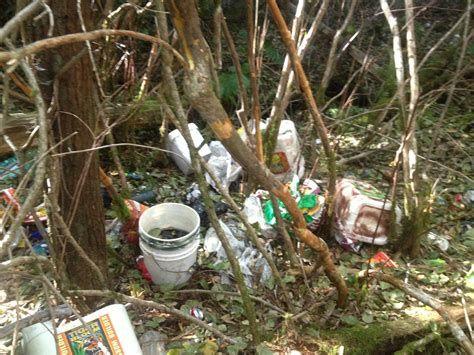 Porzucone odpady doprowadziły do śmierci zwierząt?