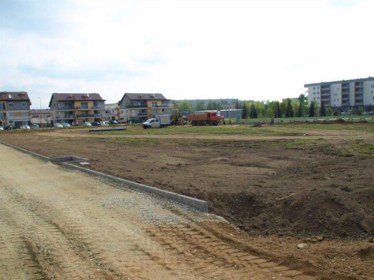 Świebodzice: ruszyły prace przy budowie parku sportowego