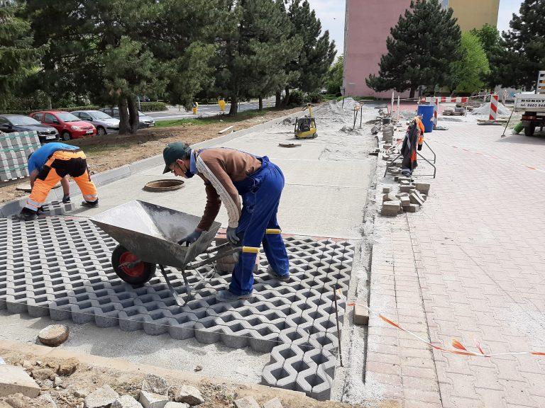 Na Osiedlu Młodych powstają nowe miejsca parkingowe