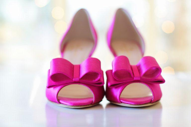 Jak zaoszczędzić na zakupach obuwia
