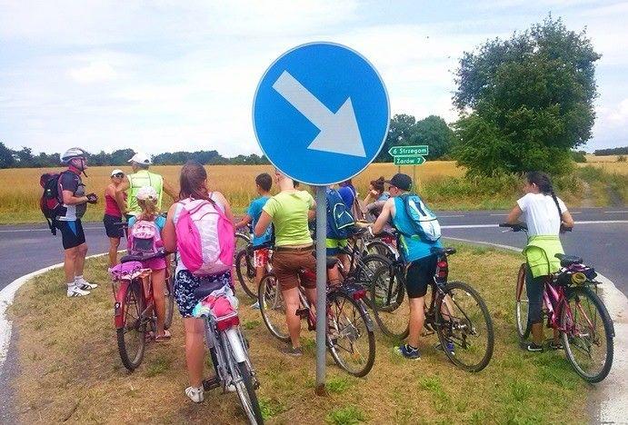 Wakacyjne wycieczki rowerowe z Żarowskim Klubem Cyklistów