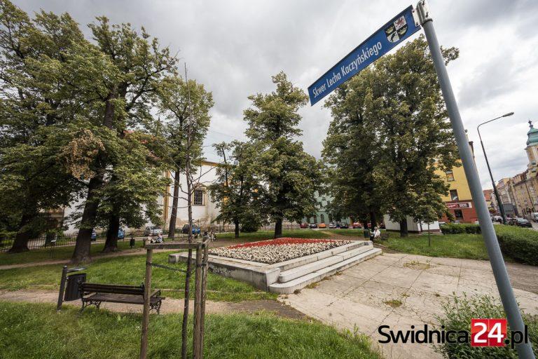 Pomnik księcia Bolka II ma stanąć na skwerze Kaczyńskiego. Decyzja radnych umożliwi ogłoszenie konkursu na projekt monumentu
