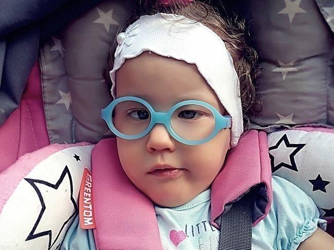 Jej bliźniacza siostra zmarła, ona walczy o zdrowie. Pomóż Hani ze Świebodzic!