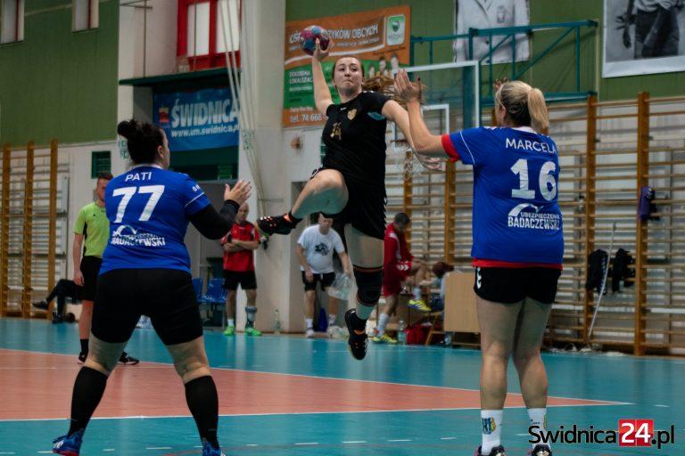 Rywalizacja oldbojów rozstrzygnięta! Najlepsi ChKS Handball Team Łódź i Masters Jelenia Góra! [FOTO]