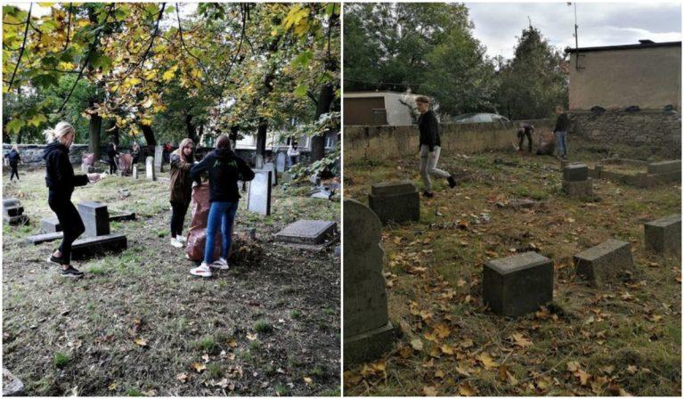 Uczniowie uporządkowali cmentarz żydowski