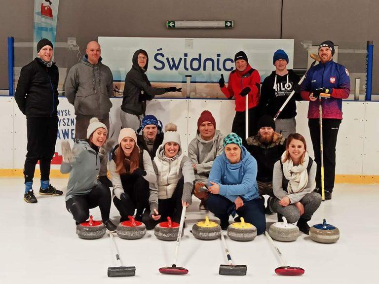 Curling coraz popularniejszy, ruszają regularne treningi w Świdnicy